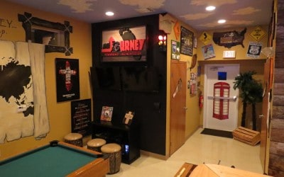 the-outpost-modular-building-with-stage-gallery-img16